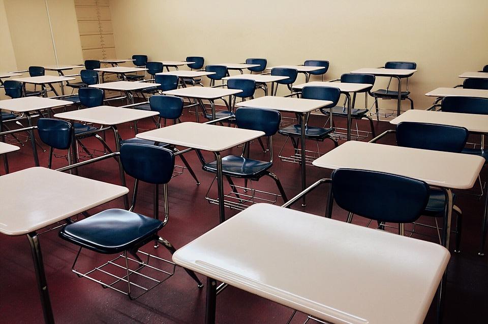 classroom-1910011_960_720